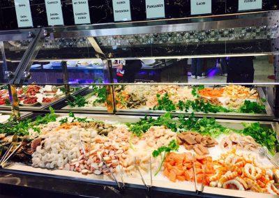 frische-meeresfrüchte-buffet